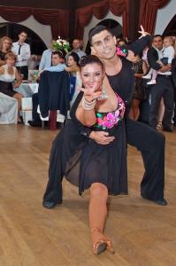 dansatori evenimente profesionisti