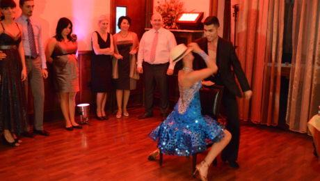 dansatori evenimente