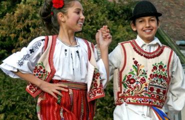 dansuri populare pentru copii